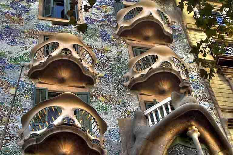 Gaudi-Architecture-Barcelona